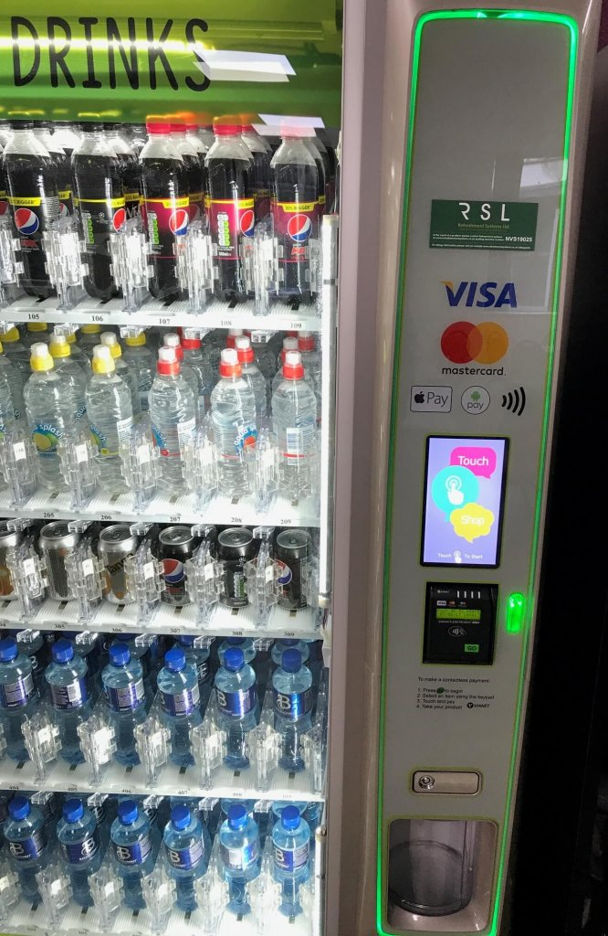 technology in vending - cashless payments