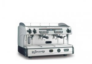 traditional vs bean to cup - la spaziale coffee machine
